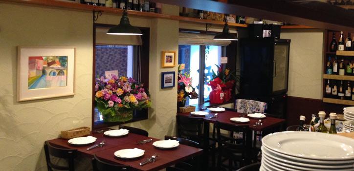 福岡市大名のイタリア料理ルーチェの店内